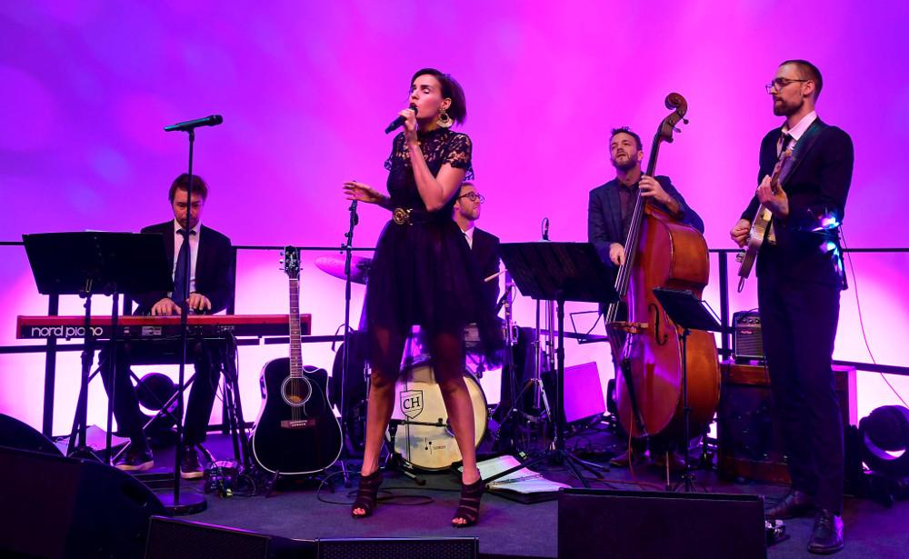 Münchner Sängerin Sharyhan Osman