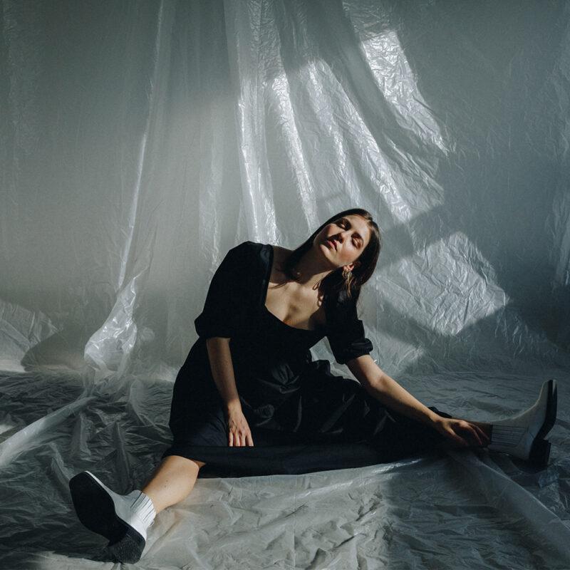 Luisa Babarro – mit Cello in die Charts